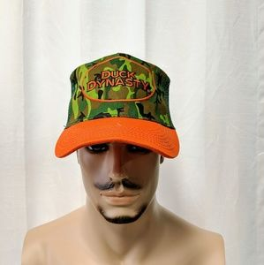 DUCK DYNASTY Camo Green Orange Trucker snap cap
